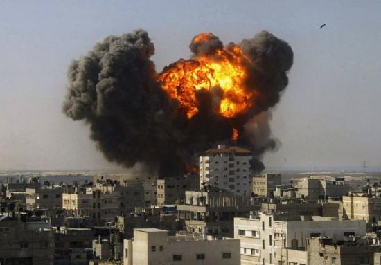 Prohibir la guerra, permitir los bombardeos